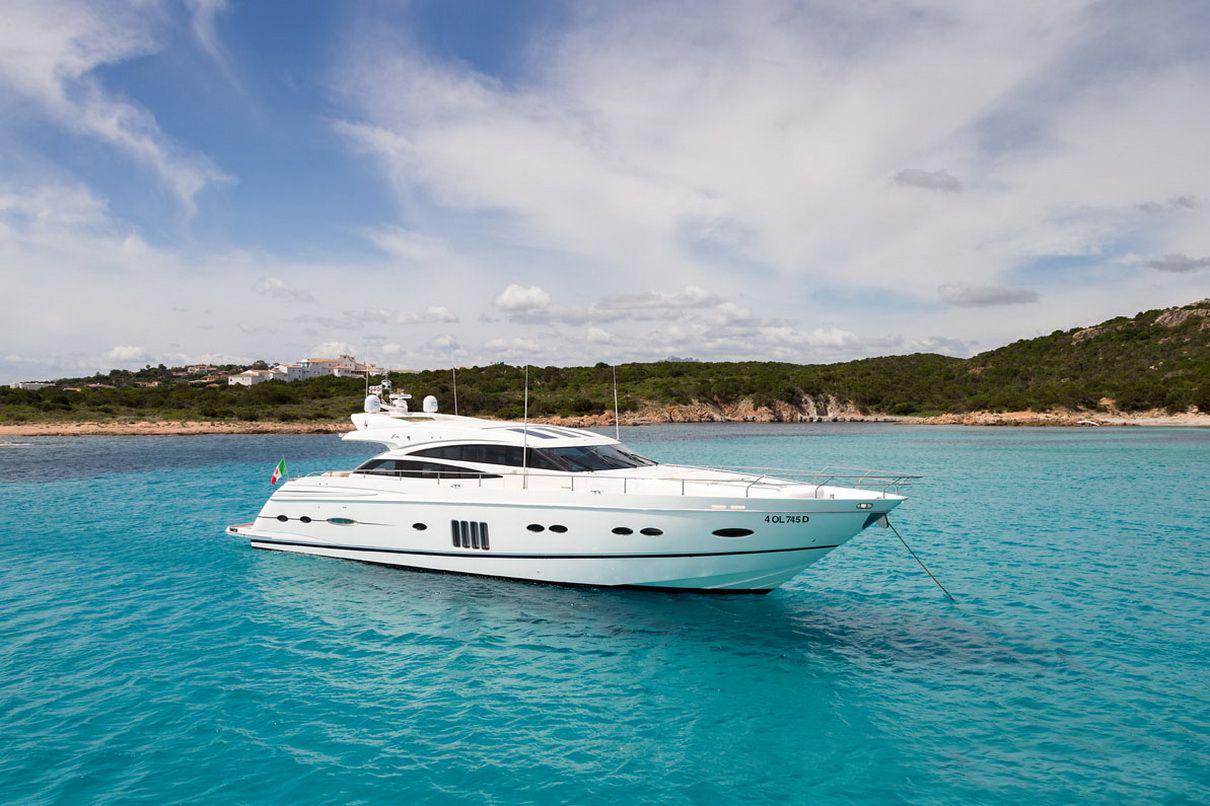 yacht charter porto cervo (1)