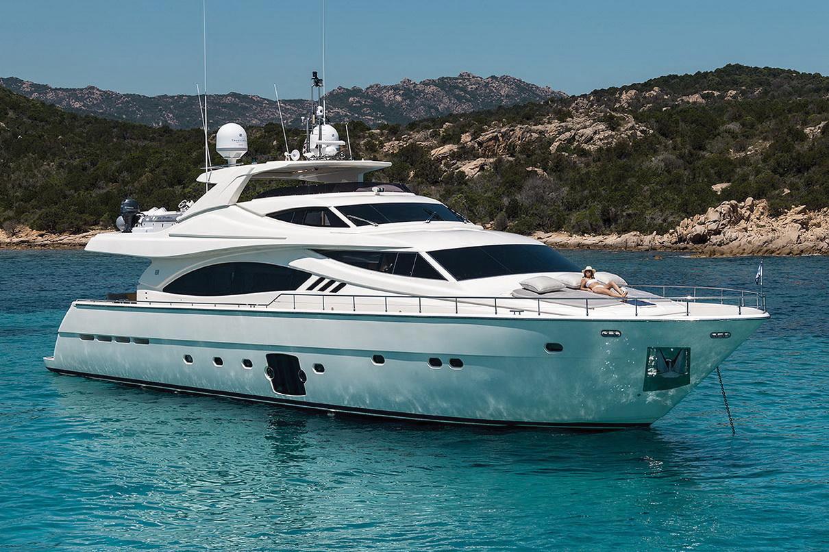 Ferretti-881---Charter-porto-cervo