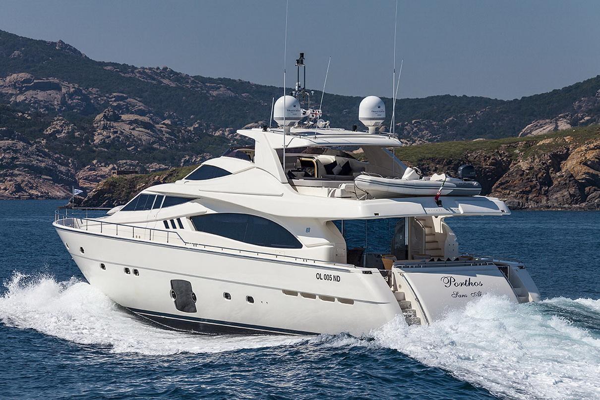 Ferretti 881 MY - Sestante Yachts (1)