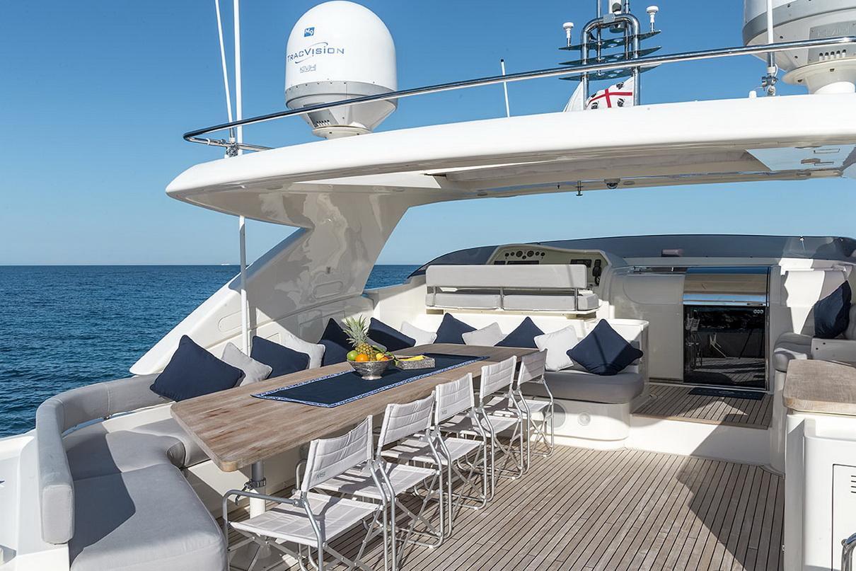 Ferretti 881 MY - Sestante Yachts (5)
