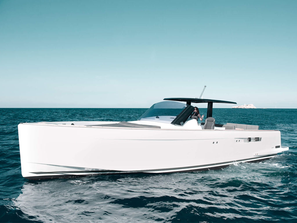 Fjord-40-in-charter---Sardegna-Charter,-noleggio-barche-Sardegna